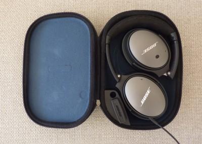 Bose qc-25 : étui avec casque